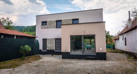 Na predaj 4 izbový rodinný dom, novostavba, Svederník