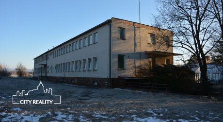 Predaj! Polyfunkčná budova v meste Bojnice, rozloha 2.178 m