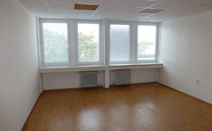 Na prenájom kancelárske priestory pri Poluse s výmerami už od 21 m2.