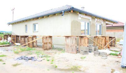 SORTier s.r.o. - ZOHOR - 4 izbový bungalov  - novovzniknutá lokalita