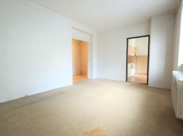 BEDES | Pôvodný 2 dvojizbový byt na rekonštrukciu, nízka cena