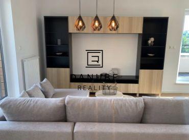 Prenájom 2 - izbový byt s veľkou terasou na Opavskej ulici, Bratislava - Nové Mesto.