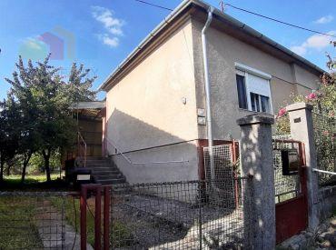 RODINNÝ DOM /CHALUPA/ CHTELNICA 2+1 POZEMOK 515 M2