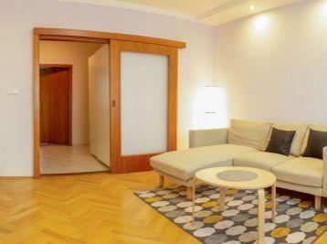 ELIMARK - KRÁTKODOBÝ PRENÁJOM - 3 izb ZARIADENÝ BYT s balkónom, 72 m2 - Ľubovnianska ulica, Petržalka