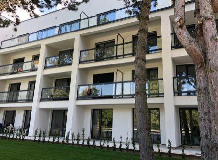 Luxusný 2 izbový apartmán na prenájom, bazén, wellnes, parking, Piešťany- Lodenica