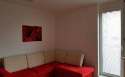 Prenájom pekný 2 izbový byt s balkónom ul.Jána Stanislava Karlova Ves