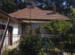 --PBS-- NA PREDAJ menší rodinný dom 2+1 v pôvodnom stave, pozemok 1294 m2, Brestovany