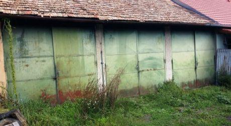 Prenájom dvoch garáží v Krupine
