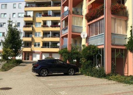 3-izb. byt s loggiou novostavba Banská Bystrica prenájom