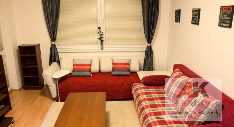 Prenájom 2 izbový byt Bratislava-Ružinov, Vrakuňská cesta