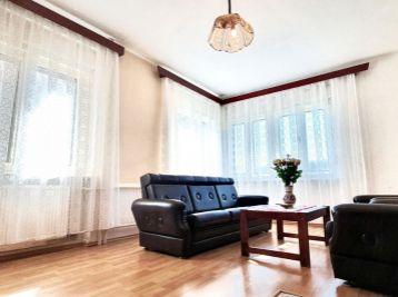 ELIMARK - PREDAJ, 5 izb DOM s TERASOU a GARÁŽOU, 200 m2, záhrada 800 m2, Pálffyho ul, Kráľová pri Senci