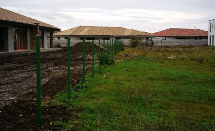 Best Real - pozemok vhodný pre stavbu rodinného domu v Miloslavove.