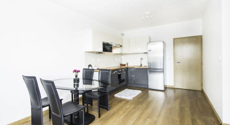 Priestranný 1 izbový byt s balkónom v CUBICON RESIDENCE