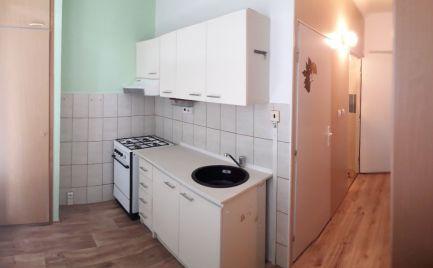 1-izbový byt s balkónom blízko centra v Rožňave