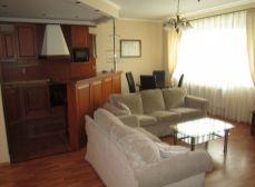 Prenájom kompletne zariadeného 3-izbového bytu, ul. Bartókova, BA I - Staré  Mesto