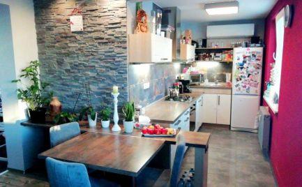 DMPD real Vám ponúka na predaj krásny 3-izbový byt na Starom sídlisku v Prievidzi.