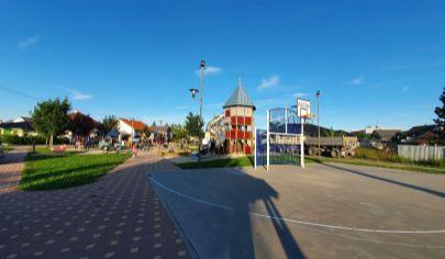 Slnečný pozemok v tichej časti obce Kostolište - 3 km od mesta Malacky