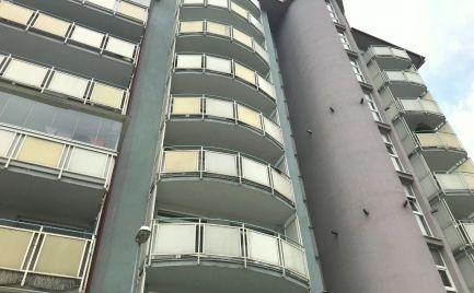 AGÁTOVA - PRENAJMITE si SLNEČNÝ 3i byt s vlastným kúrením v tichej lokalite neďaleko OC v Dúbravke.