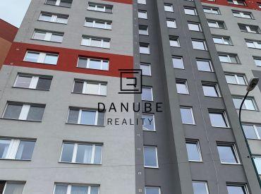 Predaj 3 izbový byt v Petržalke na ulici Námestie Hraničiarov, Bratislava