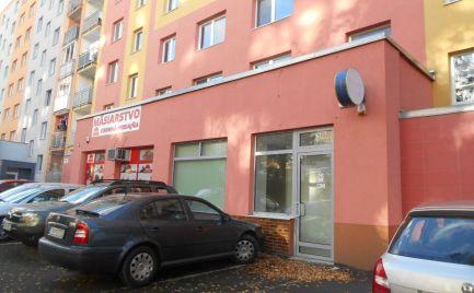 Na prenájom: Obchodný priestor 104 m2 na ul. M. Bela (Juh III) v Trenčíne