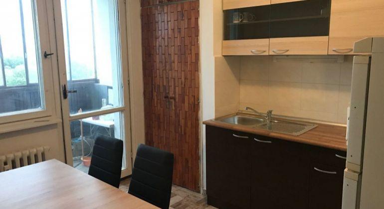 Prenájom 3 izbový byt Bratislava-Petržalka, Holíčska ulica