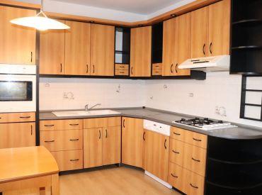 Na predaj veľký 3 izbový byt Trenčín Halalovka, 78 m2