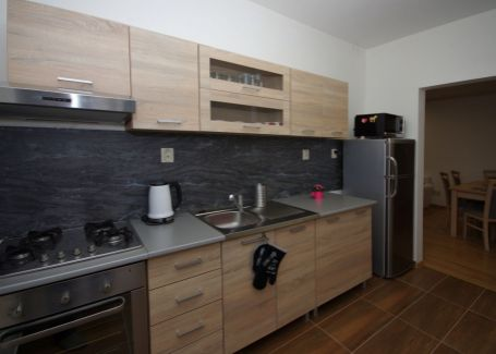 Pekný 4izbový byt na prenájom, Tatranská Kotlina