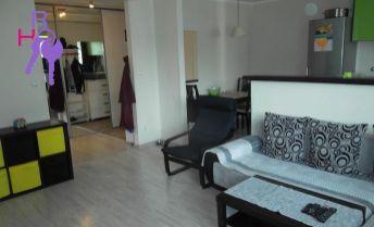 na predaj kompletne zrekonštruovaný a na mieru zariadený 3 izb. byt Halašova