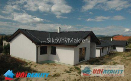 PRUSY – 2 novostavby rodinných domov / nová štvrť / pozemky 570 m2 / okres Bánovce nad Bebravou