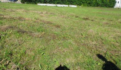 VRÚTKY pozemok 750m2 vhodný pre rodinný dom v časti Karvaša Blahovca