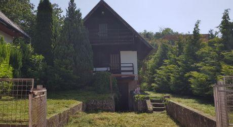 Záhrada s  chatou v Stupave-Mast ovocinár je na predaj-dobrá investícia!