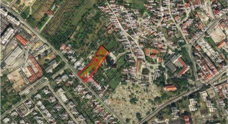 Ponúkame Vám na predaj stavebný pozemok pre rodinné domy a drobné prevádzky v Senci-4077m2