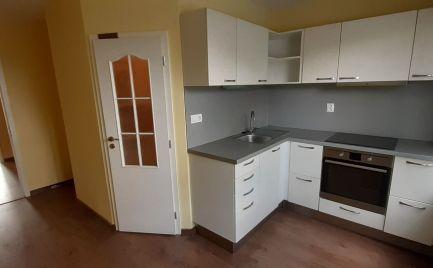 DMPD Real Vám ponúka na prenájom priestranný 3,5 izbový byt