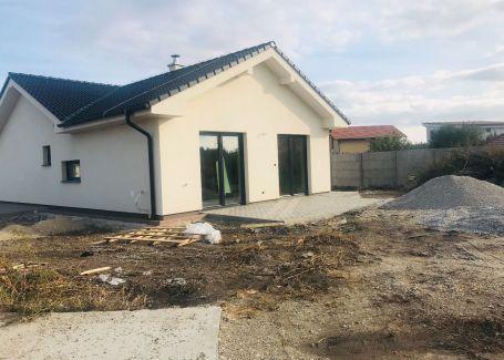 Dizajnový, krásny samostatný rodinný dom v obci Miloslavov, časť Alžbetin Dvor
