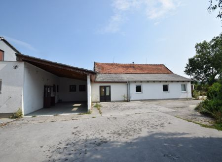Prevádzkový výrobný a skladový objekt (pekáreň), 600 m2, všetky IS, Moravany nad Váhom