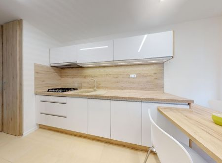 3 izbový byt po kompletnej rekonštrukcii, Valova ul., Piešťany NOVINKA!