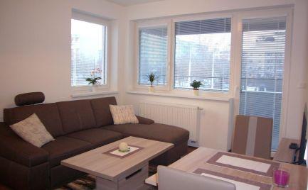 Ponúkame na prenájom zariadený 2-izbový byt na Ružinovskej ulici v novostavbe Cityhouse Ružinov.
