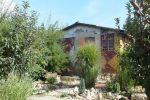 Realitná kancelária SA REALITY ponúka na predaj záhradný domček s pekným rovinatým pozemkom v Leviciach