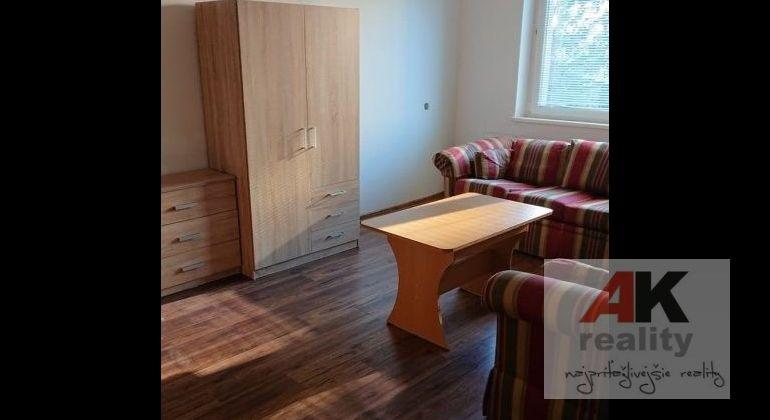 Prenájom 3 izbový byt Bratislava-Ružinov, Sputniková ulica