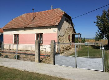 Predaj pozemok, Kapince 1445 m2, 005-14-FIK