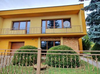 ELIMARK - PRENÁJOM - 5 izb ZARIADENÝ DOM 200 m2 so záhradou  a garážou - Ružová ulica, NITRA- ZOBOR