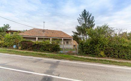 DOM-REALÍT ponúka na predaj rodinný dom v obci Veľký Lapaš