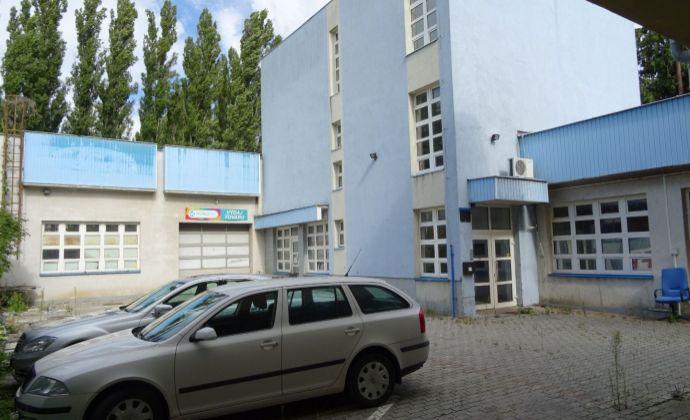 Na prenájom autoservis s kanceláriami a predajňou na Údernicekej ulici v Petržalke