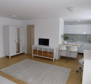 StarBrokers -  EXKLUZÍVNE - PRENÁJOM - 1 izb. byt, novostavba, Dúbravka, ul. Tranovského, kompletne zariadený