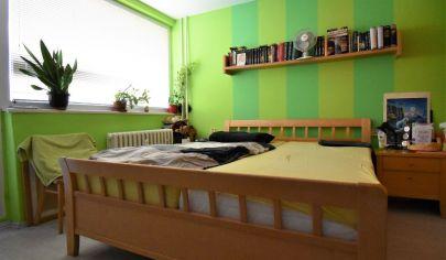 Na predaj menší 3 izbový byt v TOP lokalite . Nové Zámky