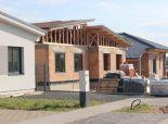 Nová výstavba RD v Malých Levároch, súčasť dvojdomu, Agátová Alej