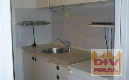 D+V real ponúka na prenájom: 1 izbový byt, garsónka, Holíčska ulica, Bratislava V, Petržalka, zariadený, loggia