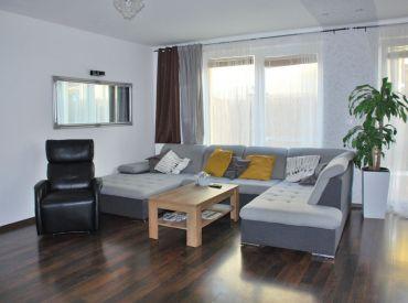 3-izbový byt so záhradkou, začiatok Rovinky