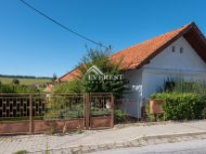 Rodinný dom so slnečným pozemkom s plochou až 1838 m2, Harichovce