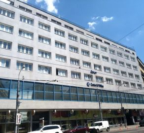 StarBrokers – PRENÁJOM kancelária 26,70 m2 na 6/7 p. - budova LUXOR Štúrova ul., Bratislava Staré Mesto